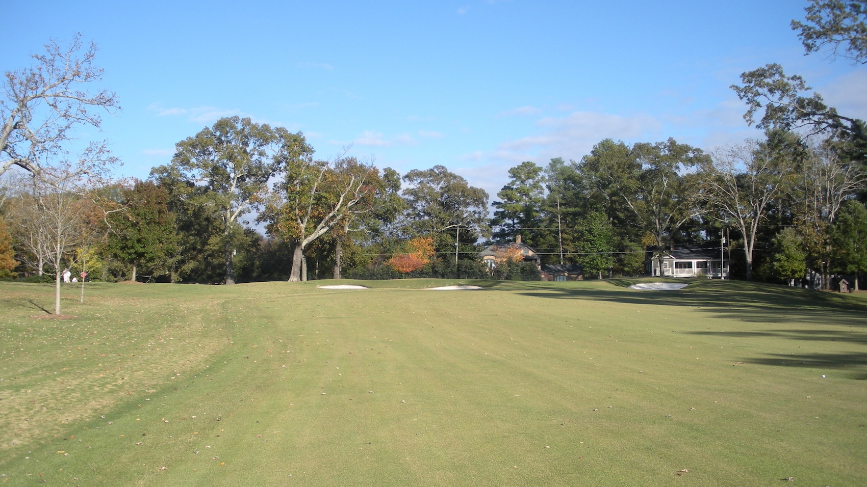 East Lake Golf Club Going right back downhill is the 14th hole which is a ...