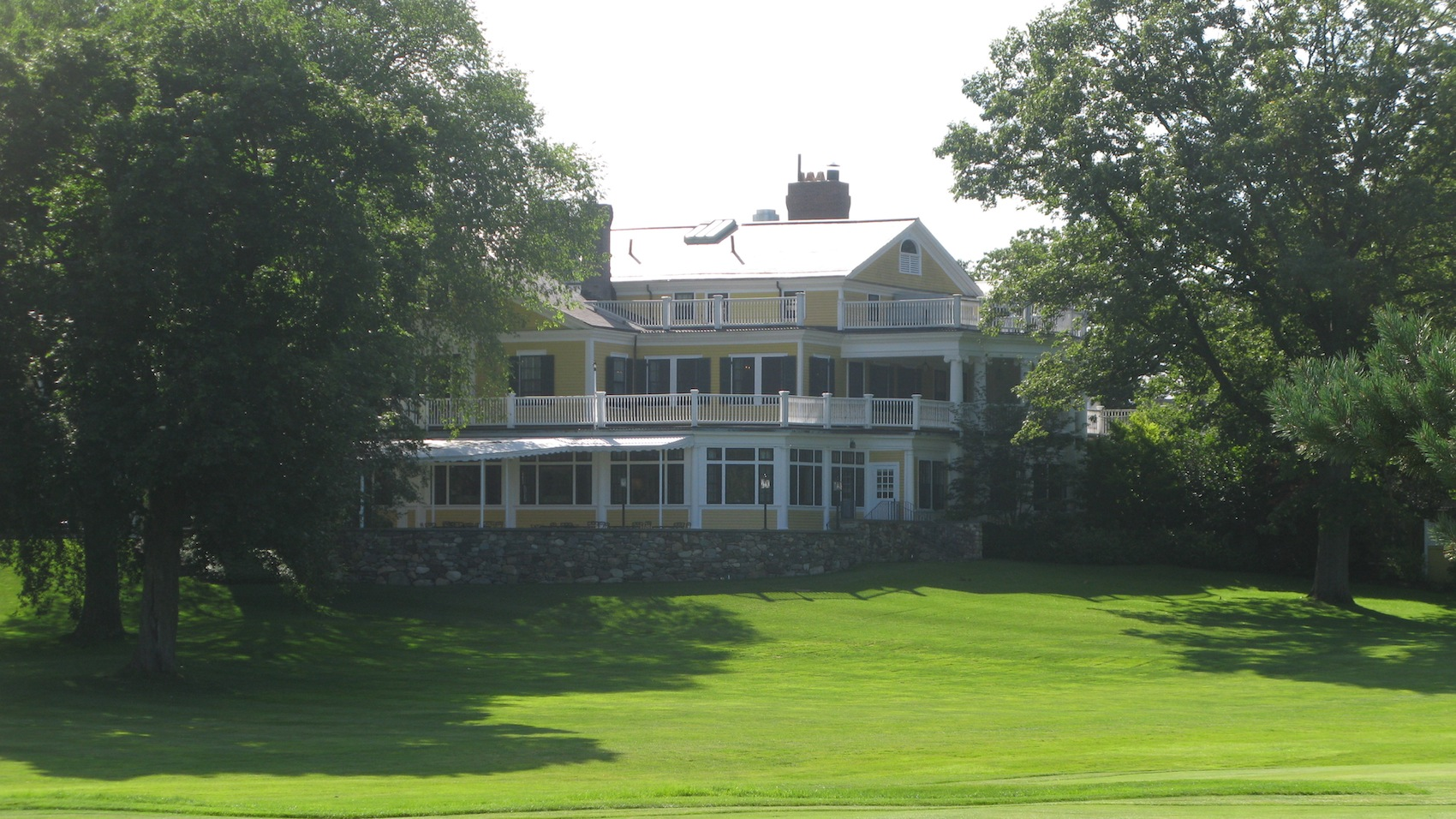 The Country Club - Clyde/Squirrel